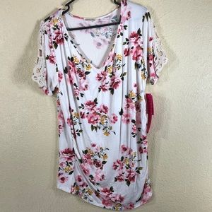 Hearts & Hips Top Blouse Maternity Cream Pink NWT